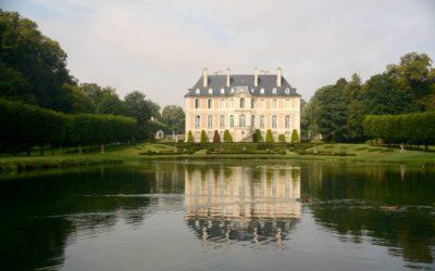 Une famille, 1001 passions au château de Vendeuvre en Normandie