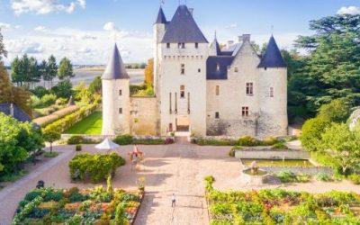 Le Château du Rivau et ses jardins de conte de fées – Interview